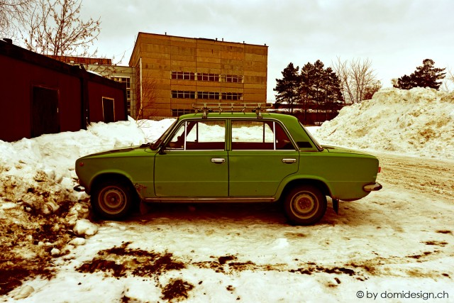 2013.03.14 green car
